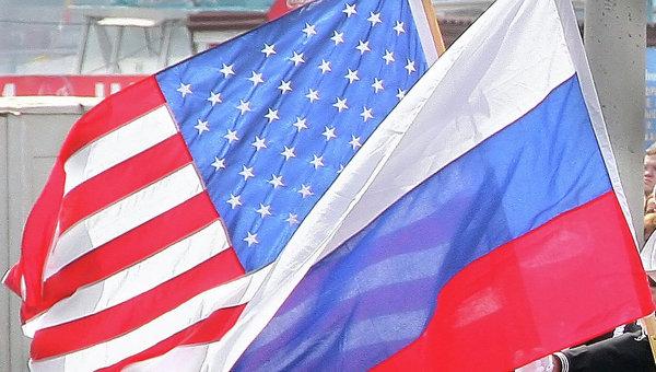 Россияне сделали шаг от любви до вражды к США и ЕС