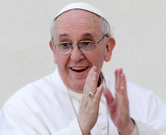 Католики любят Папу даже за попытку легализовать разводы и однополые браки