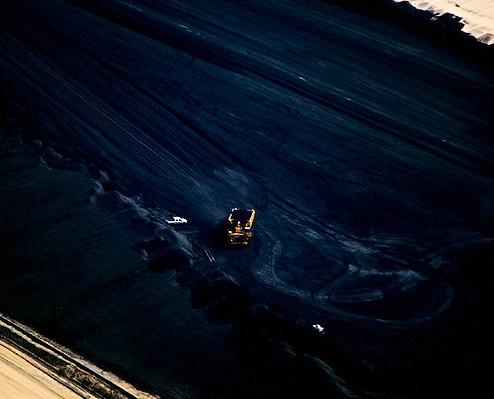 Нефтяные доходы поссорили канадцев