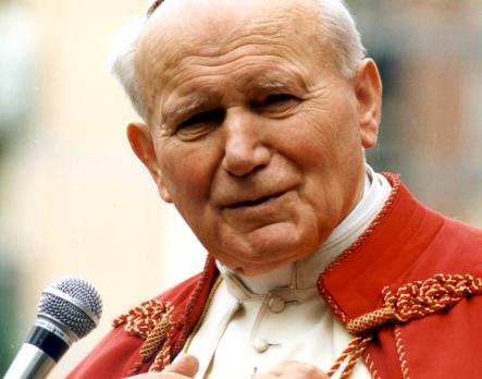 Смерть любимого Папы отвратила поляков от церкви