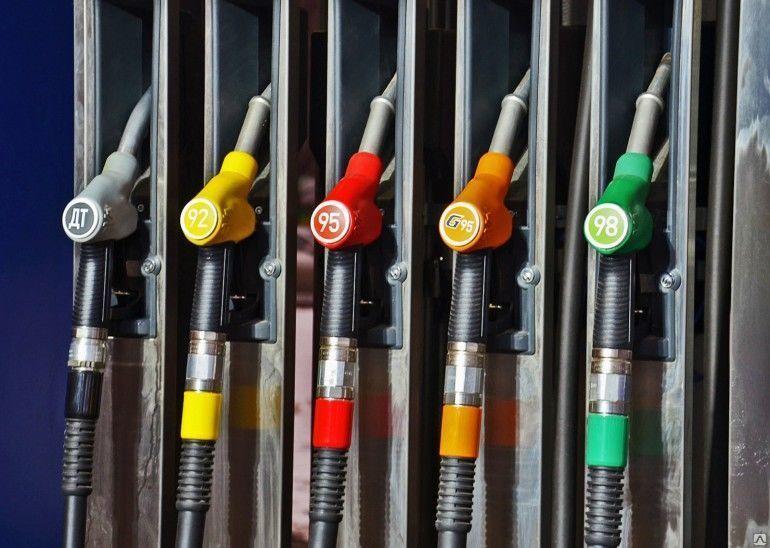 В Оренбурге за неделю не изменились цены на бензин